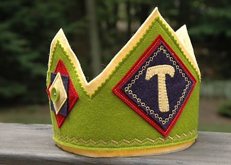 felt birthday crown: c is for crown