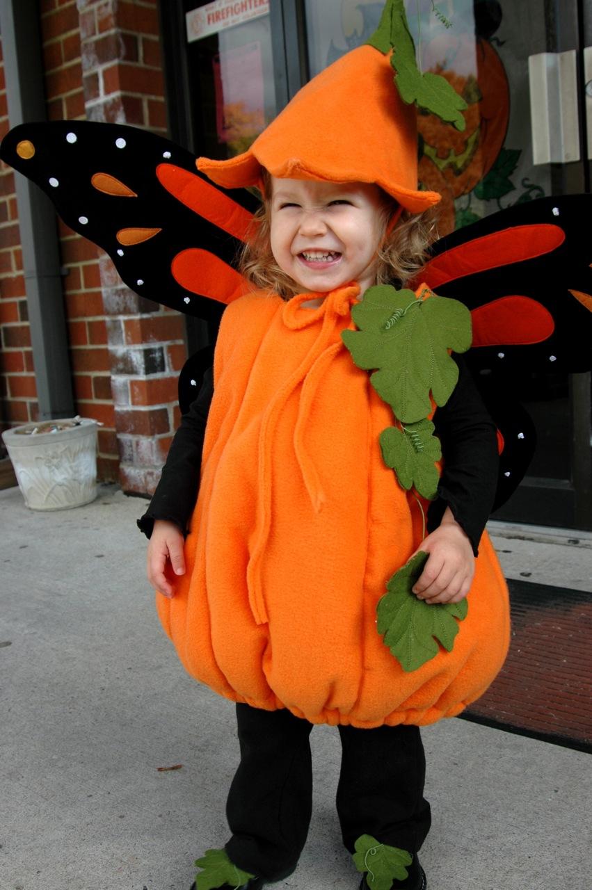 Pumpkin costume 1