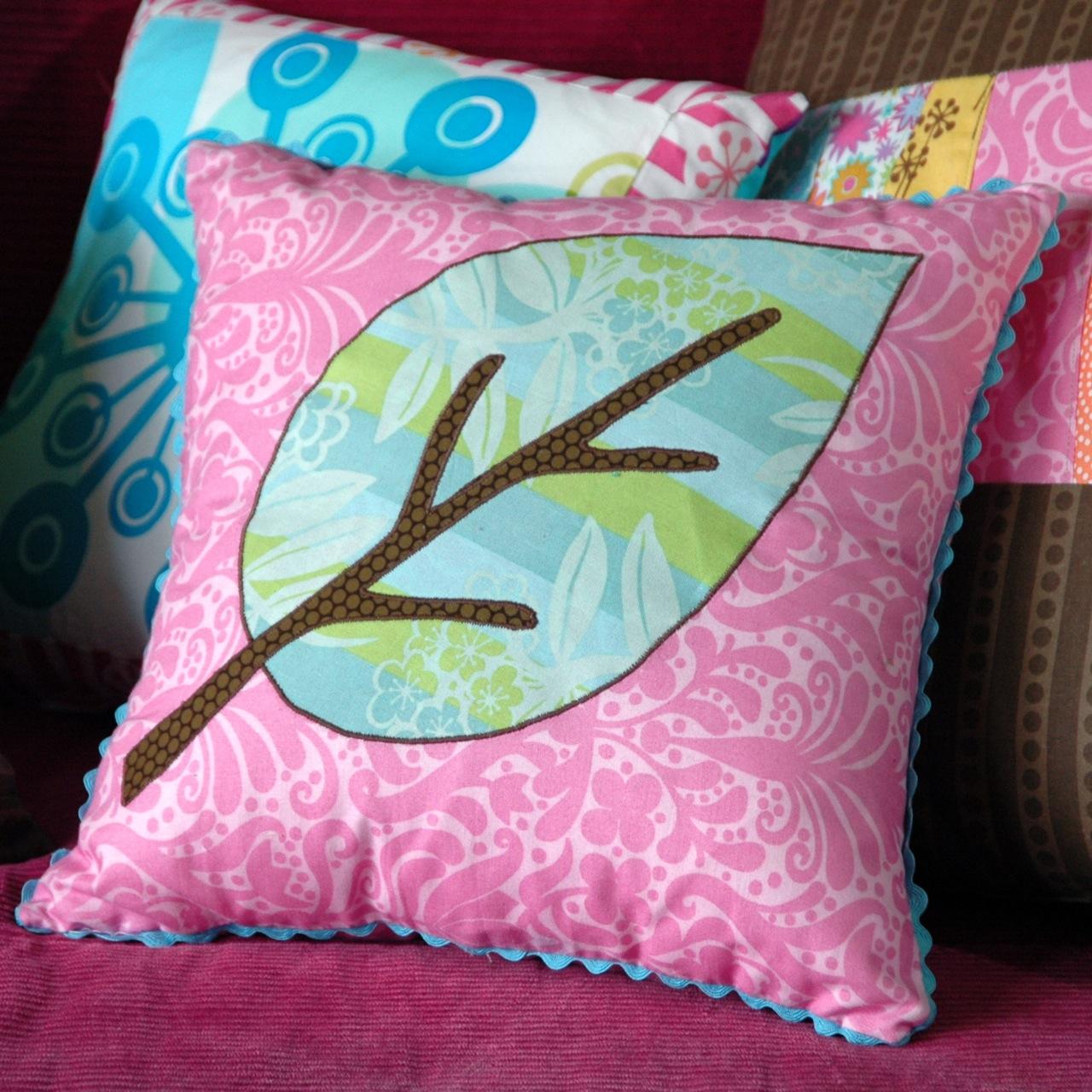 Pillows leaf