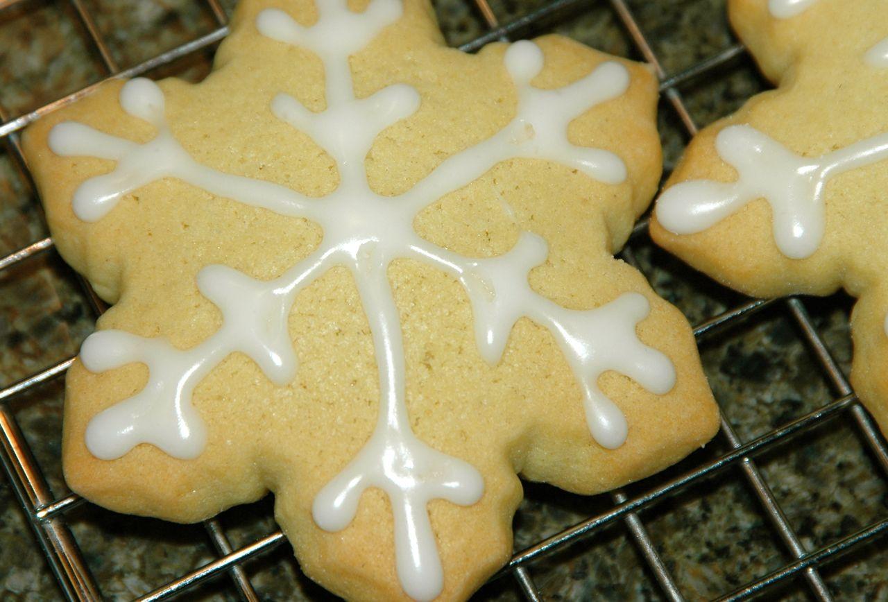 Snowflake cookies 3