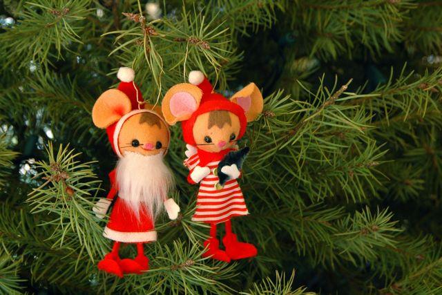 Santa mouse 1