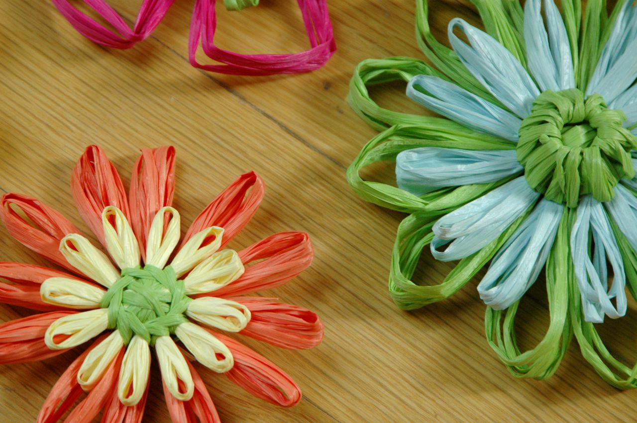 Raffia flowers 1