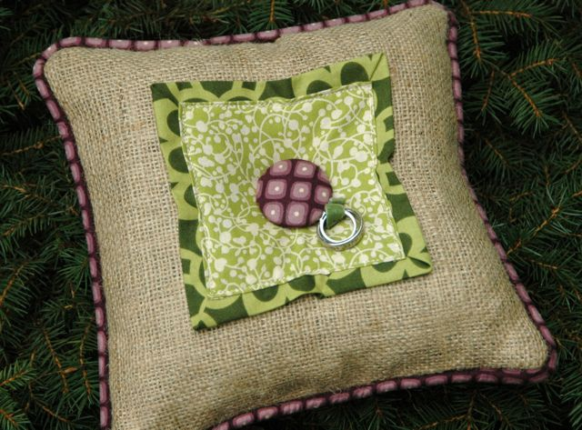 Ring pillow 1