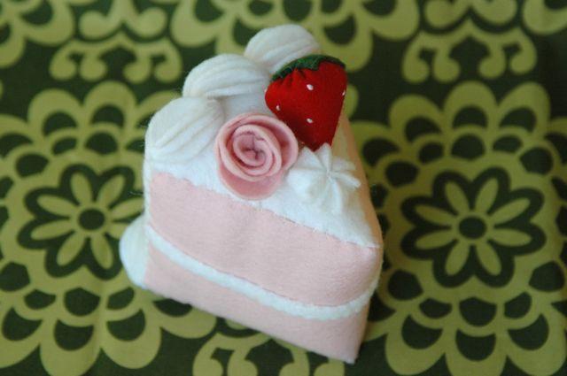 Felt cake slice 1