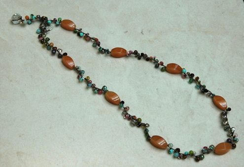 On_u_necklace